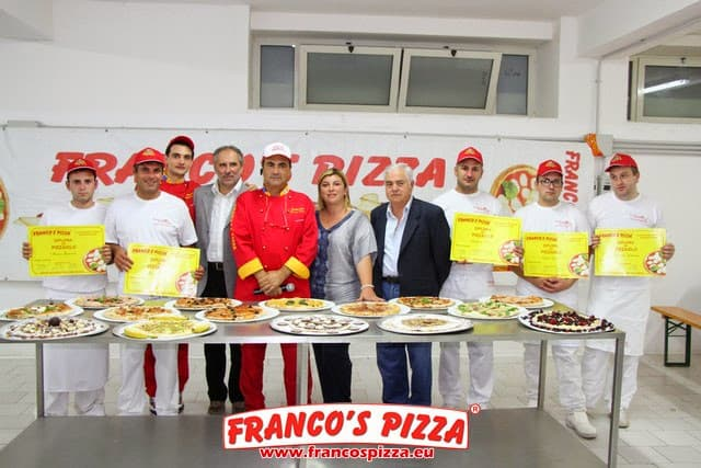 Francos Pizza-Consegna Diplomi Pizzaioli-1.10.2014-189